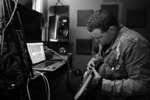 microphones for recording guitar & vocals