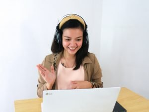 wireless headset for video conferencing